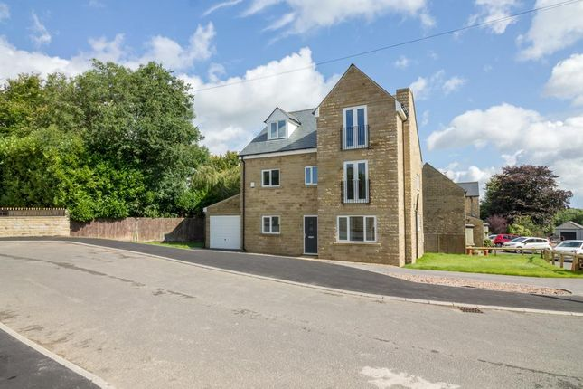 Thumbnail Detached house for sale in Old Cottage Close, Hipperholme, Halifax