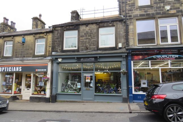 Thumbnail Retail premises for sale in Briggate, Silsden