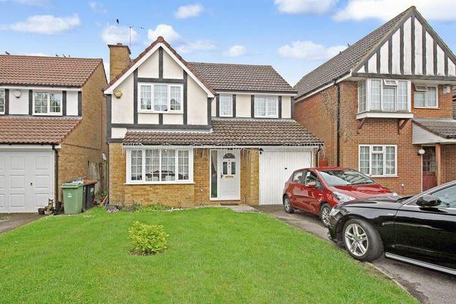 Thumbnail Detached house to rent in Tennyson Avenue, Houghton Regis, Dunstable