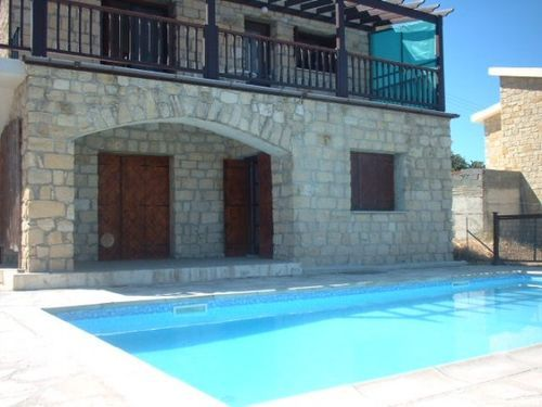 2 bed bungalow for sale in Agios Dimitrianos, Detached Villa - Private Pool Only €160, 000 Euros Title Deeds, Cyprus
