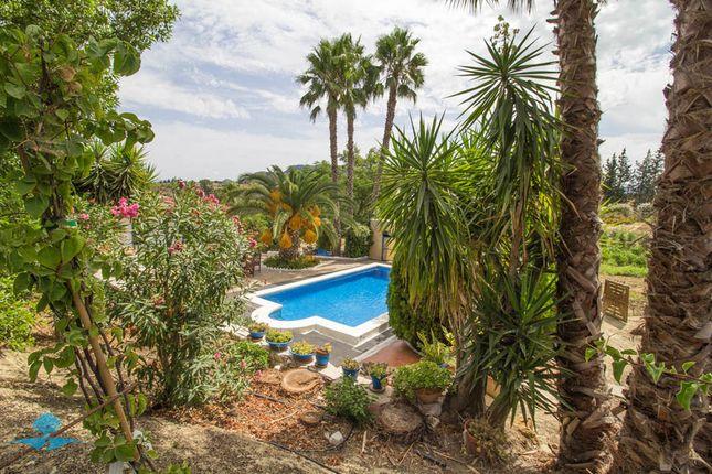 9 bed country house for sale in Cartama, Málaga, Spain