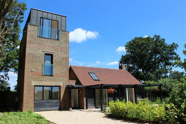 Thumbnail Detached house to rent in Plumpton Green, Lewes