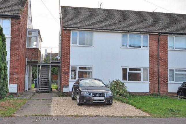2 bed maisonette to rent in Astor Close, Brockworth, Gloucestershire GL3