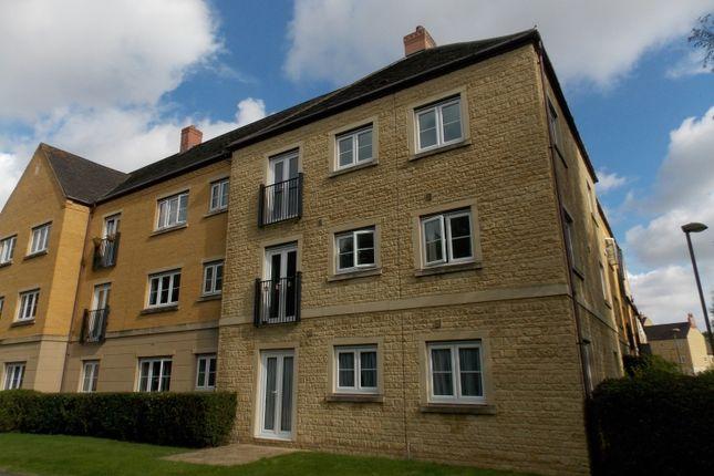 Thumbnail Flat to rent in New Bridge Street, Witney