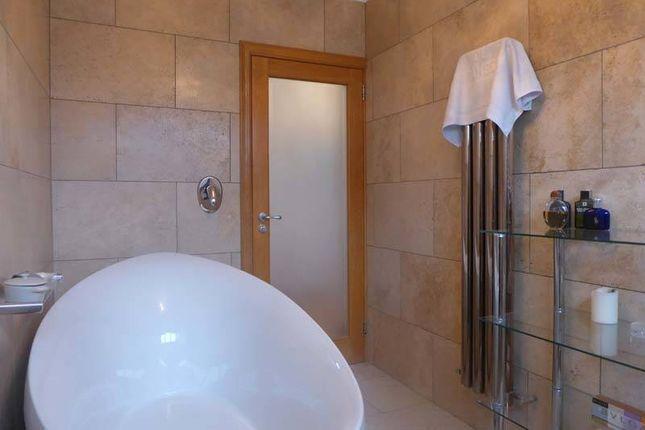Family Bathroom of Broadpool Lane, Hambleton, Poulton-Le-Fylde FY6