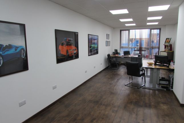 Thumbnail Office to let in Lyon Way, Greenford, Middlesex