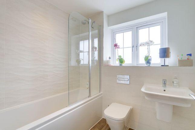Bathroom of Elmfield Way, Kingsteignton, Newton Abbot TQ12