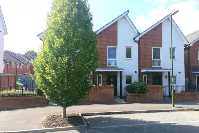 Thumbnail Terraced house to rent in Woodvale Lane, Haywards Heath