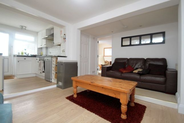 Thumbnail Flat to rent in Stanfield Road, Winton, Bournemouth