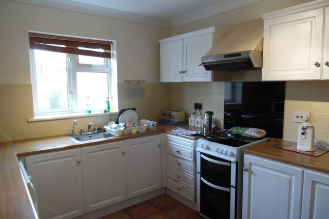 Thumbnail Flat to rent in Minnis Road, Birchington