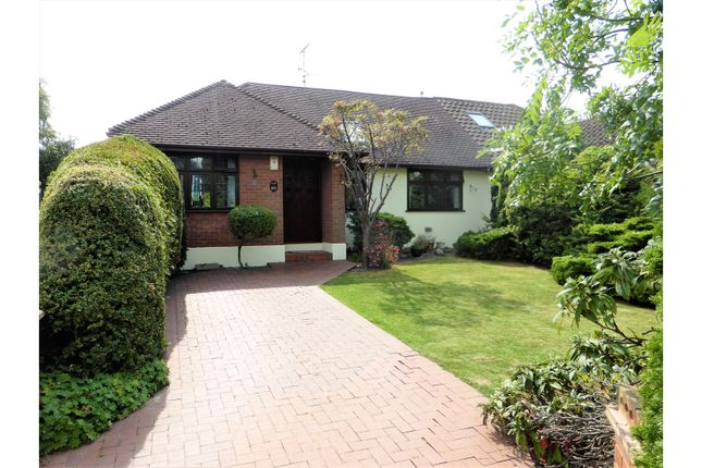 Thumbnail Bungalow for sale in Folly Lane, Hockley