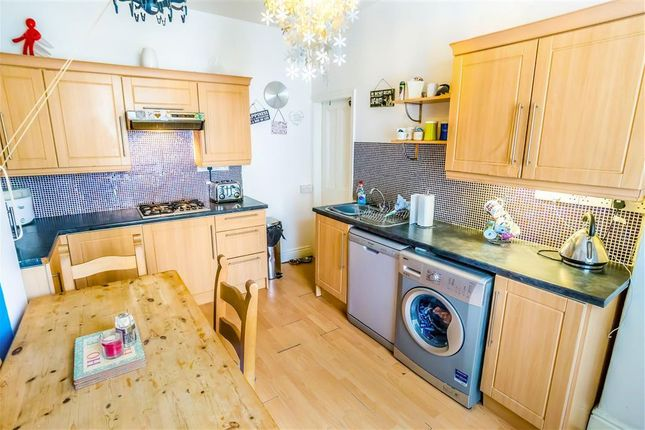 Thumbnail Property to rent in Belmont Terrace, Luddendenfoot, Halifax
