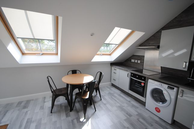 Thumbnail Terraced house to rent in 66A Victoria Road, Hyde Park, Leeds, Hyde Park