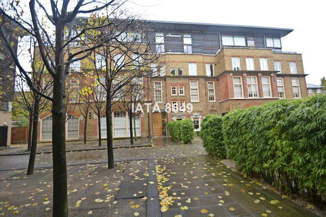 Thumbnail Flat for sale in Clark Street, London