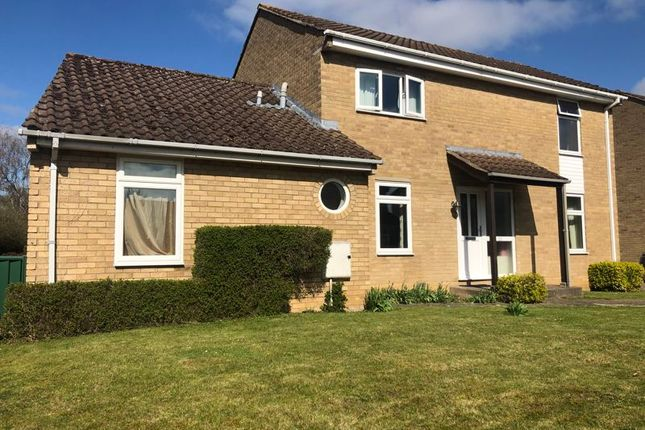 Thumbnail Detached house for sale in Mead Way, Kidlington