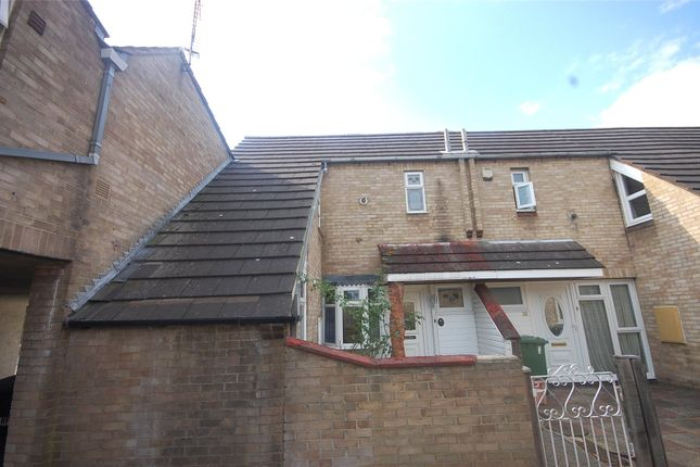 3 bed end terrace house for sale in Malgraves, Pitsea, Essex