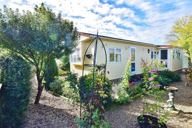 Thumbnail Mobile/park home for sale in Takeley Park, Hatfield Broadoaks Road, Takeley, Bishop's Stortford