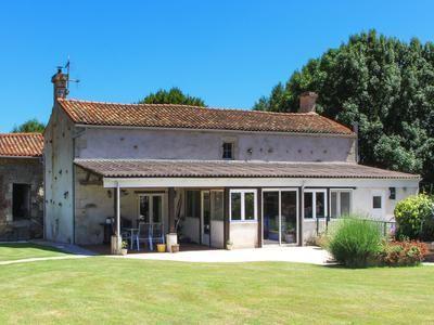 3 bed property for sale in La-Chapelle-Baton, Deux-Sèvres, France