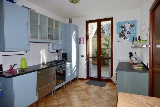 Kitchen of Località Ai Ronchi, Gravedona Ed Uniti, Como, Lombardy, Italy