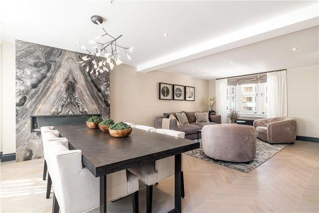 Thumbnail Flat for sale in Arlington Street, St James's, London