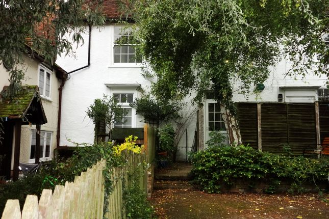 Thumbnail Flat to rent in High Street, Buntingford