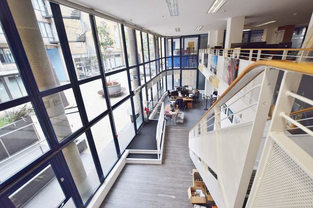 Thumbnail Office to let in Brewery Square, London