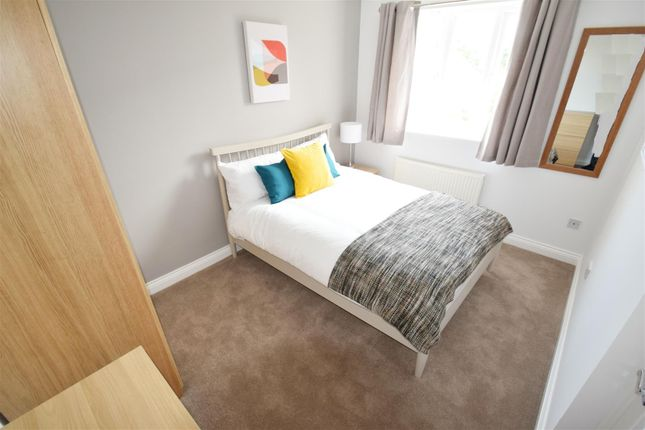 1 bed property to rent in Cintra Close, Reading