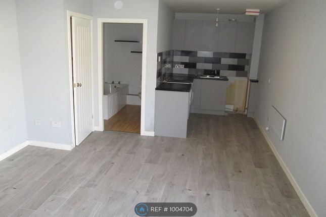 Studio to rent in Afton Road, Stevenston KA20