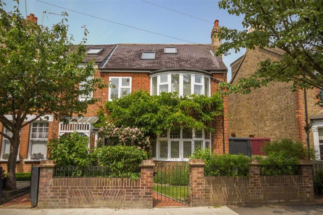 Thumbnail Property to rent in Coleshill Road, Teddington