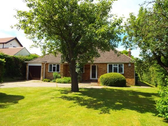 Thumbnail Bungalow for sale in Ramsden Bellhouse, Billericay, Essex