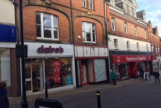 Thumbnail Retail premises for sale in Middle Street, Yeovil