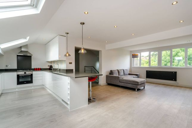 Thumbnail Flat to rent in Worple Road, Wimbledon