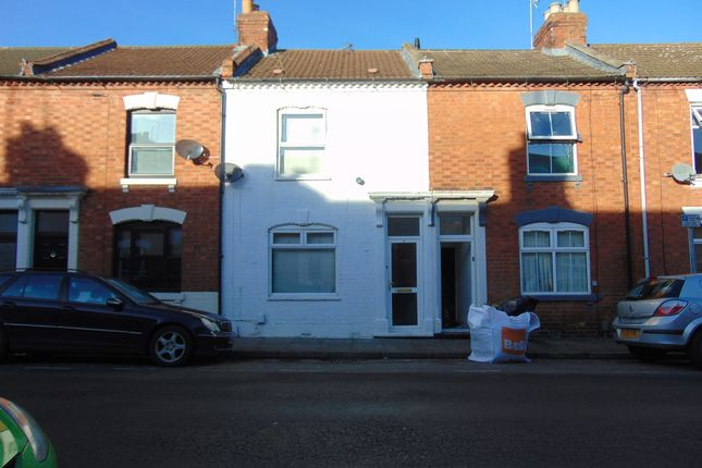 Thumbnail Terraced house for sale in Cloutsham Steet, Northampton