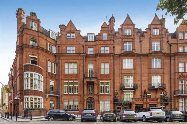 2 bed flat for sale in Hans Place, Knightsbridge, London