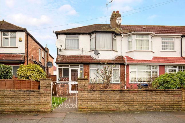 Picture No. 03 of Woodhouse Avenue, Perivale, Greenford UB6