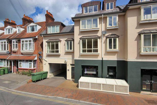 Thumbnail Flat to rent in Lime Hill Road, Tunbridge Wells
