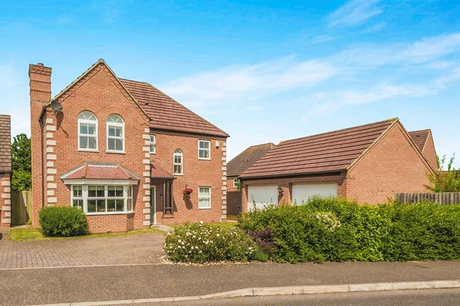 Thumbnail Detached house for sale in Heron Way, Royston