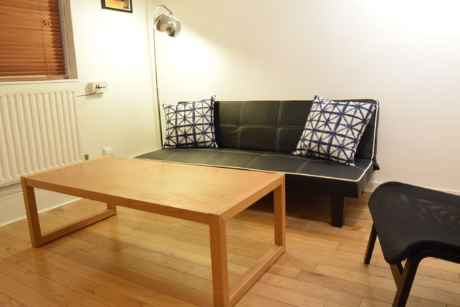 Thumbnail Flat to rent in Fellows Court, Appleby Street, Haggerston, London