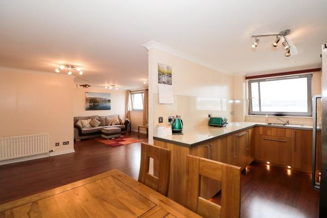 Thumbnail Flat to rent in Marine Parade, City Quay, Dundee