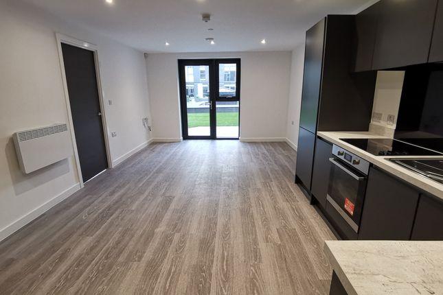 Thumbnail Triplex to rent in 7 Woden Street, Salford