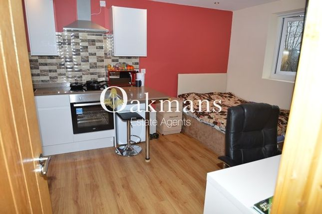 Thumbnail Property to rent in Rookery Road, Selly Oak, Birmingham, West Midlands.
