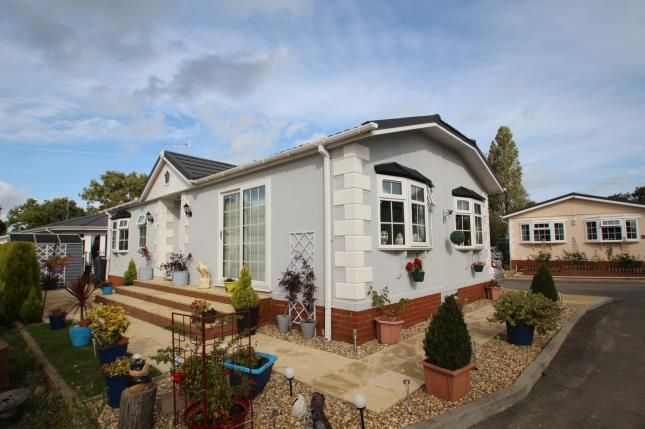 Thumbnail Bungalow for sale in Luckista Grove, Billingshurst Road, Ashington, Pulborough