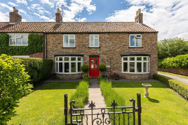 Thumbnail Cottage for sale in Brawby, Malton