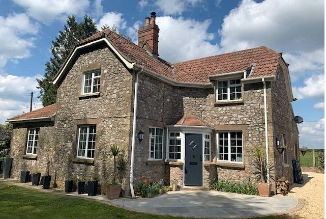 2 bed detached house to rent in Chardstock, Chard, Somerset TA20
