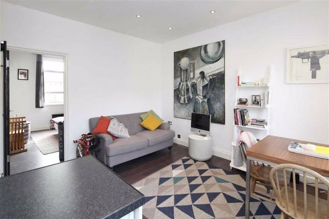 Thumbnail Flat for sale in St Thomas's Road, Finsbury Park, Finsbury Park