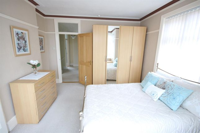 Bedroom 3 of Connaught Avenue, Frinton-On-Sea CO13