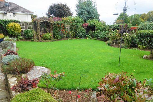 Garden of Sir Alex Walk, Topsham, Exeter EX3
