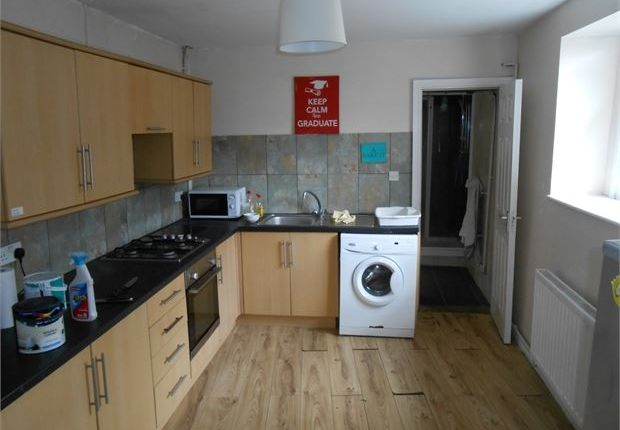 Shared accommodation to rent in Rosehill, Mount Pleasant, Swansea