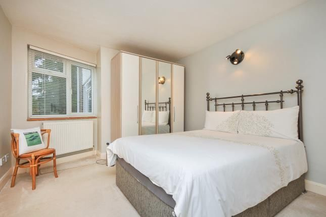Bedroom 1 of Pampisford Road, South Croydon CR2