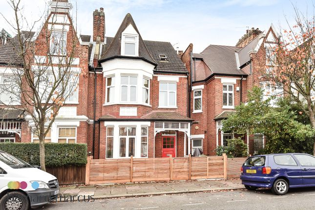 Thumbnail Property to rent in Fairlawn Avenue, London